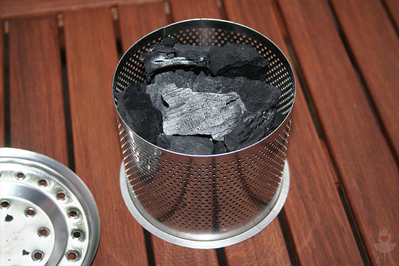 Test Holzkohlegrill Mit Gebläse : Lotusgrill im test u der rauchfreie holzkohlegrill u a feuer glut