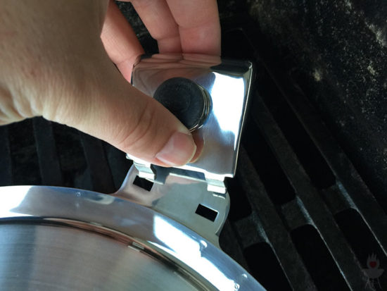 Edelstahl-Plancha von SteakChamp Griff klein ab