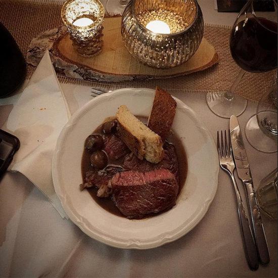 3. Gang - Rückwärts gegartes Rib-Eye-Steak aus dem Rumholz-Rauch