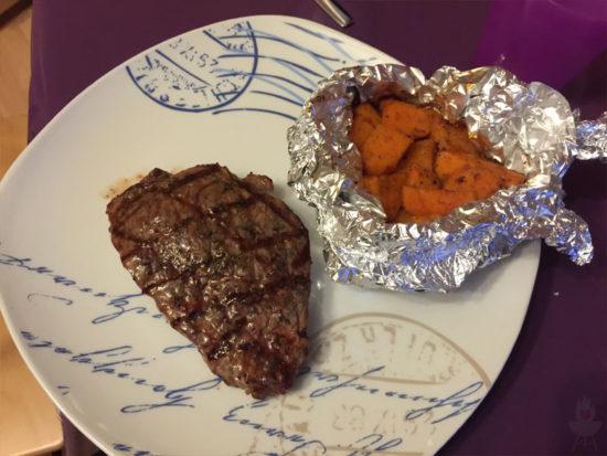 Süßkatoffeln als Beilage zum Steak