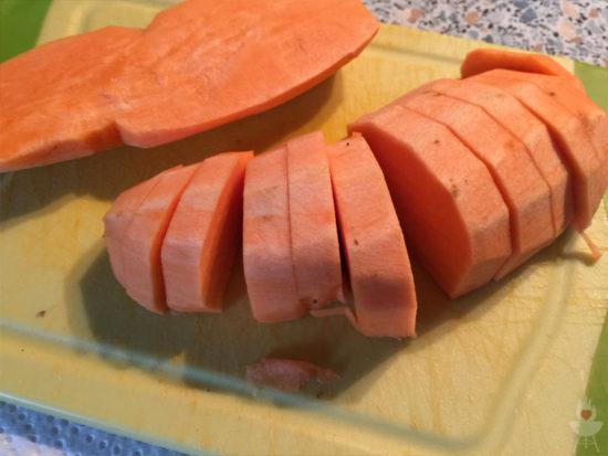 Süßkartoffeln in Scheiben