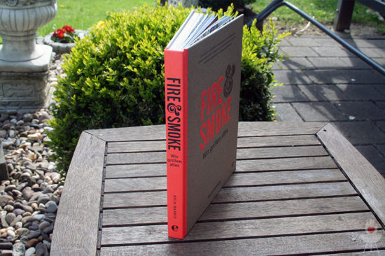 Buch Fire & Smoke aufgestellt