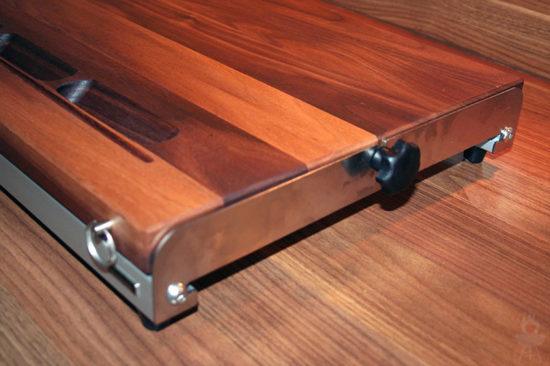 Cuttworxs Woodline Schneidebrett Schraube