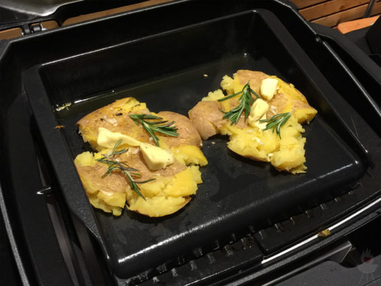 Weber Pulse Elektrogrill Smashed Potatoes