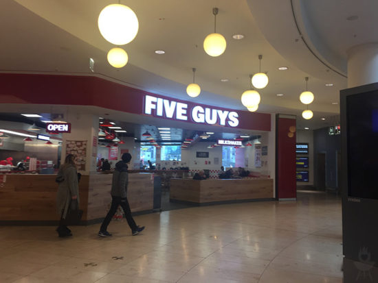 Five Guys Limbecker Platz