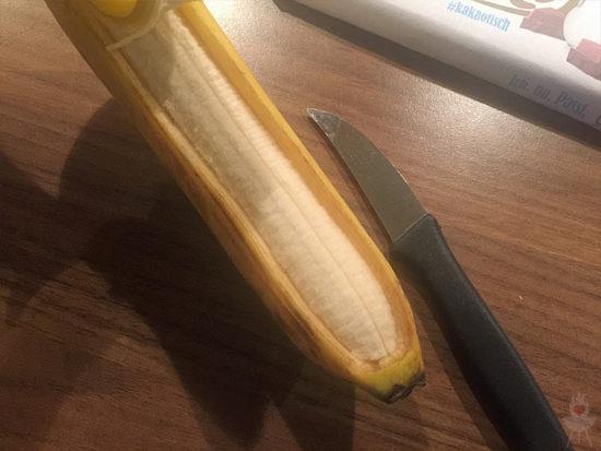 Schokobanane vom Grill aufgeschnitten