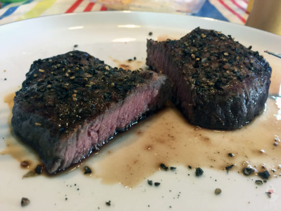 Beef Maker Steak aufgeschnitten