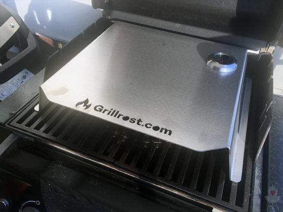 Pizza-Cover/Pizzaaufsatz grillrost.com schräg oben