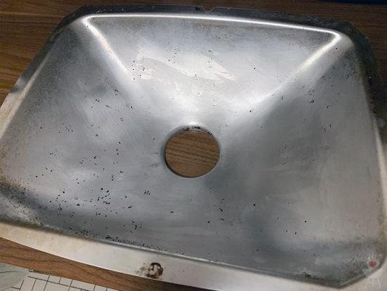 FUSL-Grillreiniger sauber geputzt