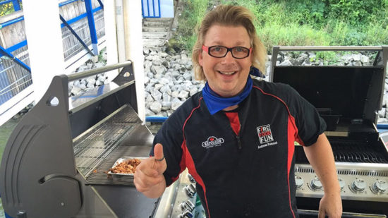 Andreas Rummel am Grill