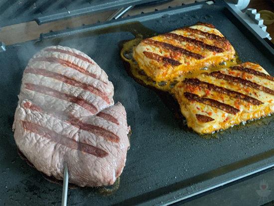 Gastroback Design BBQ Advanced Control Grillkäse und Fleisch